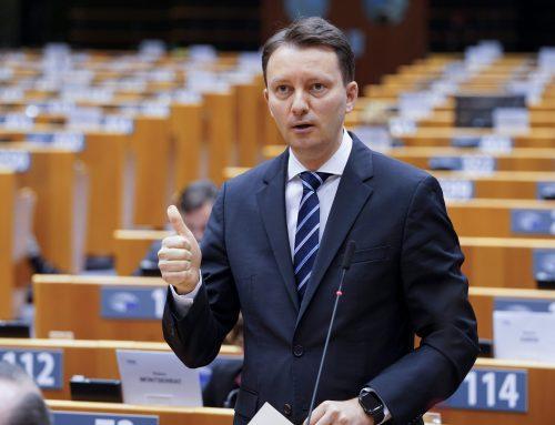 Comunicat de presă – Siegfried Mureșan, în plenul Parlamentului European: Trebuie să lucrăm cu noua administrație SUA la ridicarea vizelor pentru cetățenii români și pentru toți cetățenii Uniunii Europene care călătoresc în Statele Unite